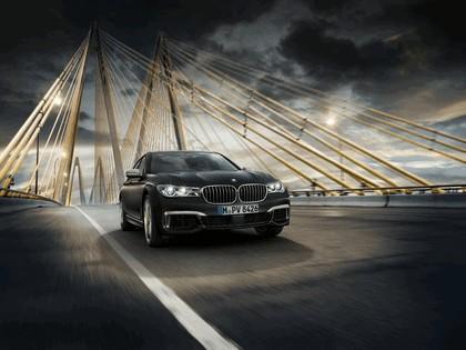 2016 BMW M760Li xDrive 14