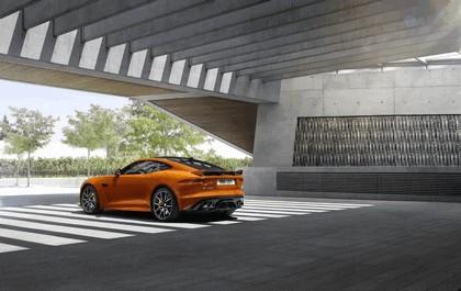 2016 Jaguar F-Type SVR coupé 19