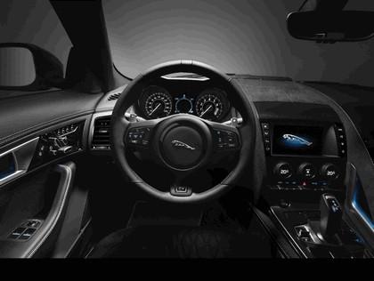 2016 Jaguar F-Type SVR coupé 34