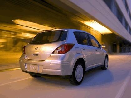 2007 Nissan Versa hatchback 1