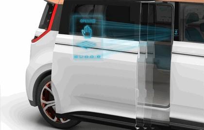 2016 Volkswagen BUDD-e concept 23