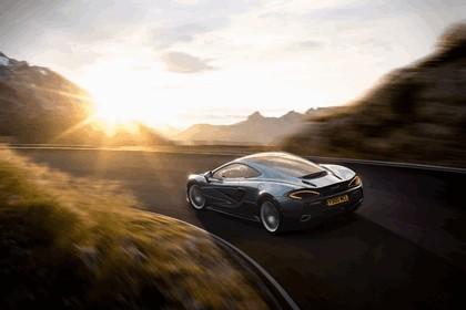2016 McLaren 570GT 13