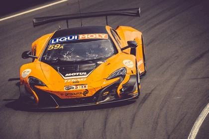 2016 McLaren 650S GT3 on Bathurst 12 Hour 14