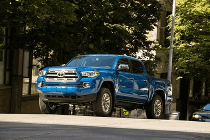 2016 Toyota Tacoma Limited 11