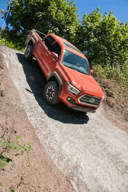 2016 Toyota Tacoma TRD off-road 3