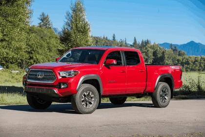 2016 Toyota Tacoma TRD off-road 12