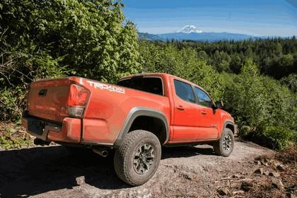 2016 Toyota Tacoma TRD off-road 14
