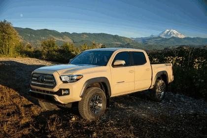 2016 Toyota Tacoma TRD off-road 25