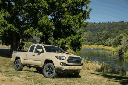 2016 Toyota Tacoma TRD sport 16