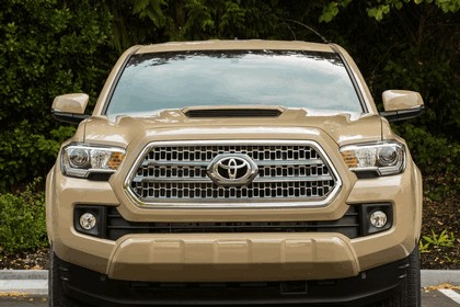 2016 Toyota Tacoma TRD sport 19