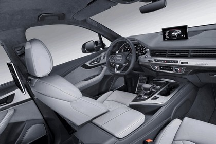 2016 Audi SQ7 12