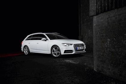 2016 Audi A4 Avant - UK version 2