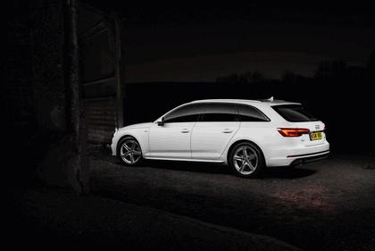 2016 Audi A4 Avant - UK version 3