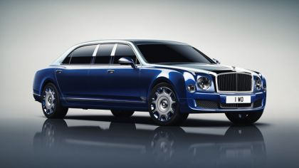 2016 Bentley Mulsanne Grand Limousine by Mulliner 1