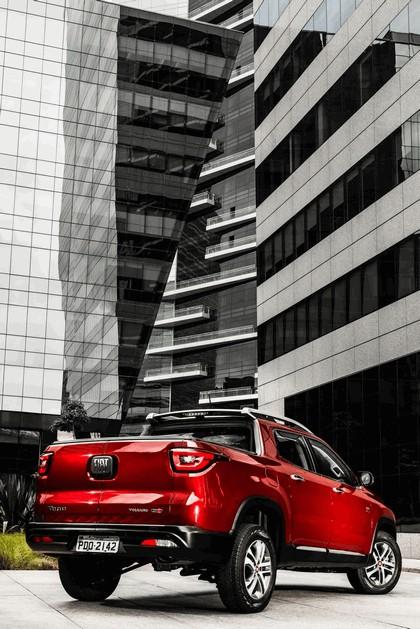 2016 Fiat Toro Volcano 3