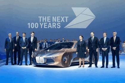 2016 BMW Vision Next 100 concept 28