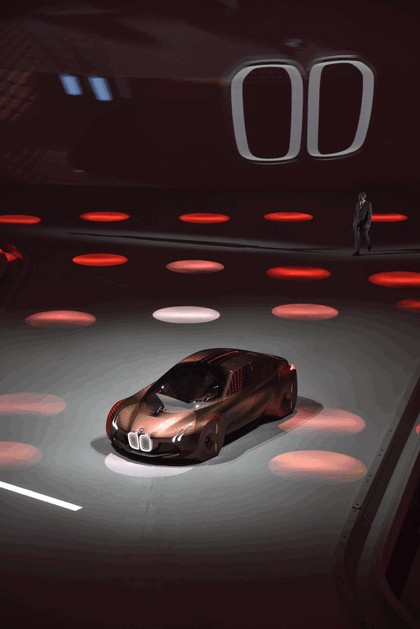 2016 BMW Vision Next 100 concept 29