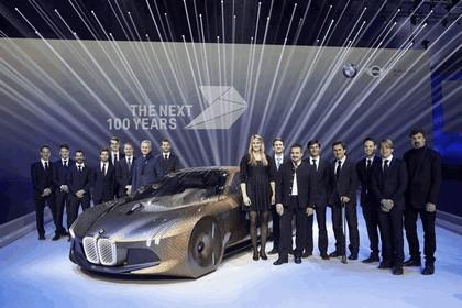 2016 BMW Vision Next 100 concept 32