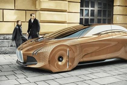 2016 BMW Vision Next 100 concept 84