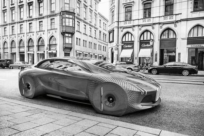 2016 BMW Vision Next 100 concept 98
