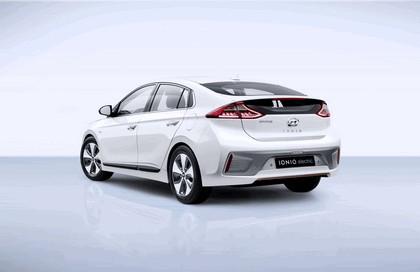 2016 Hyundai Ionic Electric concept 3