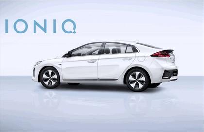 2016 Hyundai Ionic Electric concept 8