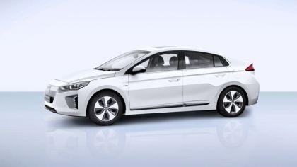 2016 Hyundai Ionic Electric concept 1