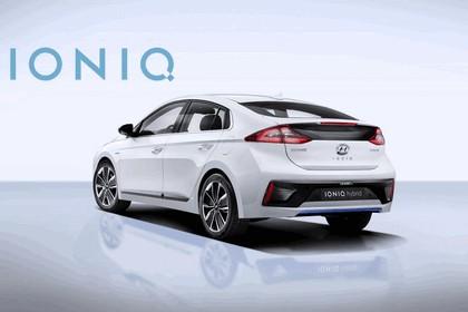 2016 Hyundai Ionic Hybrid concept 9