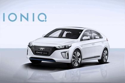 2016 Hyundai Ionic Hybrid concept 10