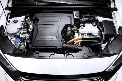 2016 Hyundai Ionic Hybrid concept 13