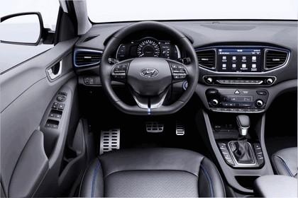 2016 Hyundai Ionic Hybrid concept 15
