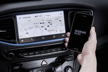 2016 Hyundai Ionic Hybrid concept 16