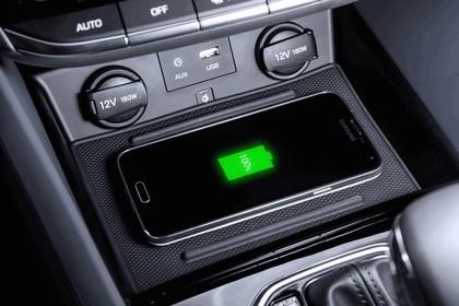 2016 Hyundai Ionic Hybrid concept 17