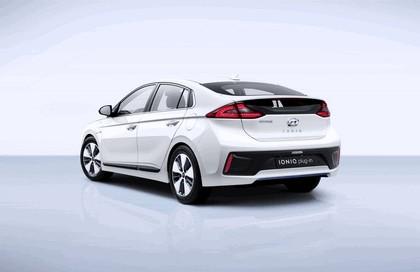 2016 Hyundai Ionic Plug-in concept 3