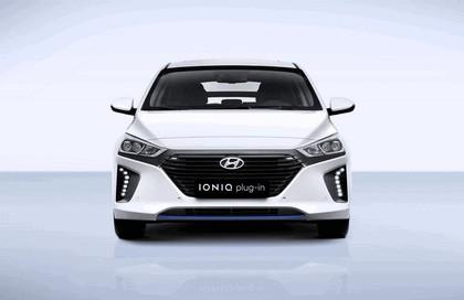 2016 Hyundai Ionic Plug-in concept 5