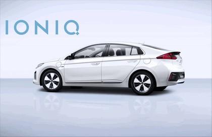 2016 Hyundai Ionic Plug-in concept 8