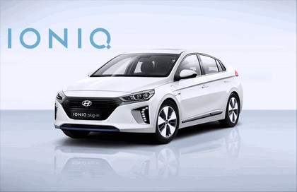 2016 Hyundai Ionic Plug-in concept 10