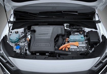 2016 Hyundai Ionic Plug-in concept 13