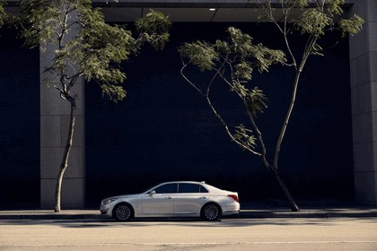 2016 Hyundai Genesis G90 9
