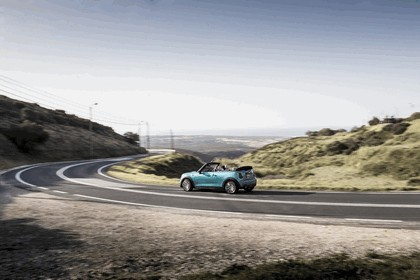 2016 Mini Cooper convertible - UK version 36