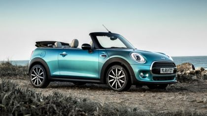 2016 Mini Cooper convertible - UK version 3