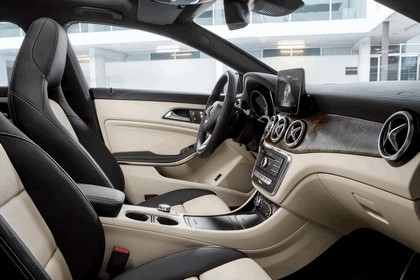 2016 Mercedes-Benz CLA 250 4Matic Shooting Brake 8