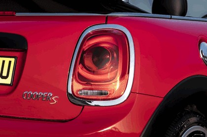 2016 Mini Cooper S convertible - UK version 16