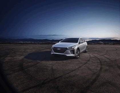 2016 Hyundai Ionic Hybrid - USA version 4