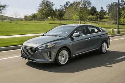 2016 Hyundai Ionic Hybrid - USA version 5