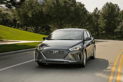 2016 Hyundai Ionic Hybrid - USA version 18