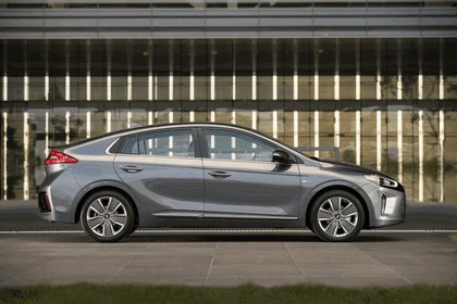 2016 Hyundai Ionic Hybrid - USA version 22
