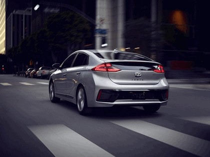 2016 Hyundai Ionic Hybrid - USA version 27