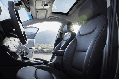 2016 Hyundai Ionic Hybrid - USA version 30