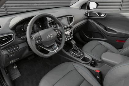 2016 Hyundai Ionic Hybrid - USA version 44